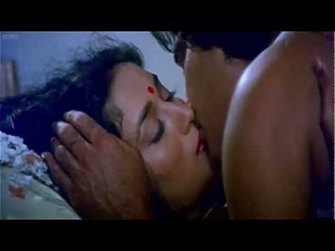 Madhuri Dixit Kiss Video