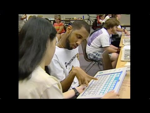 Working Together: People with Disabilities and Computer Technology thumbnail