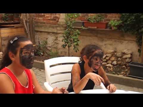 Doctor Panda Vigilante   Video chatting workshop of Periscope   9-12   France thumbnail
