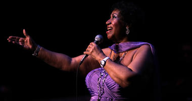 """Aretha Franklin """"The Queen of Soul"""" dies at 76"""