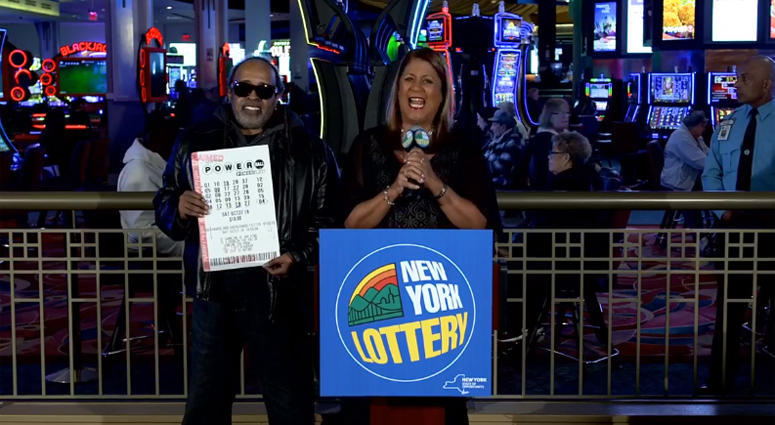 Powerball winner Robert Bailey