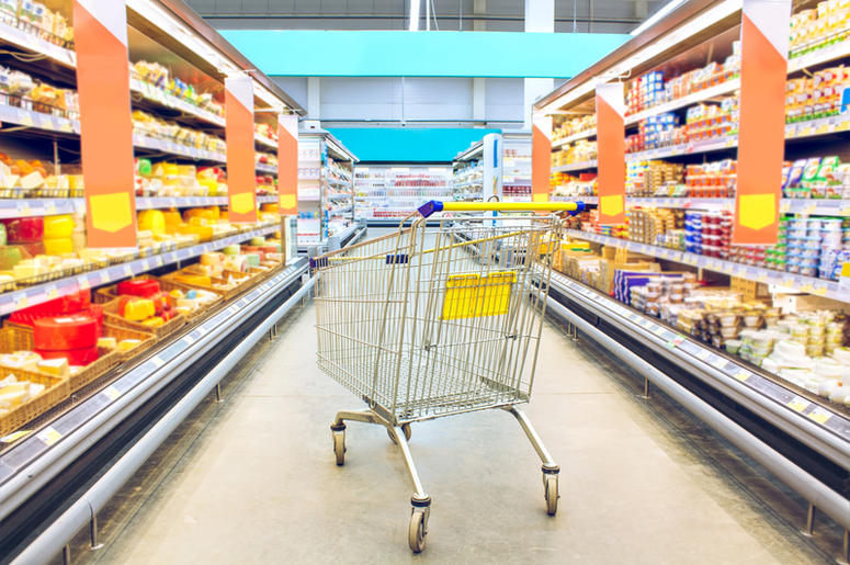Dreamstime image of shopping cart in a grocery store
