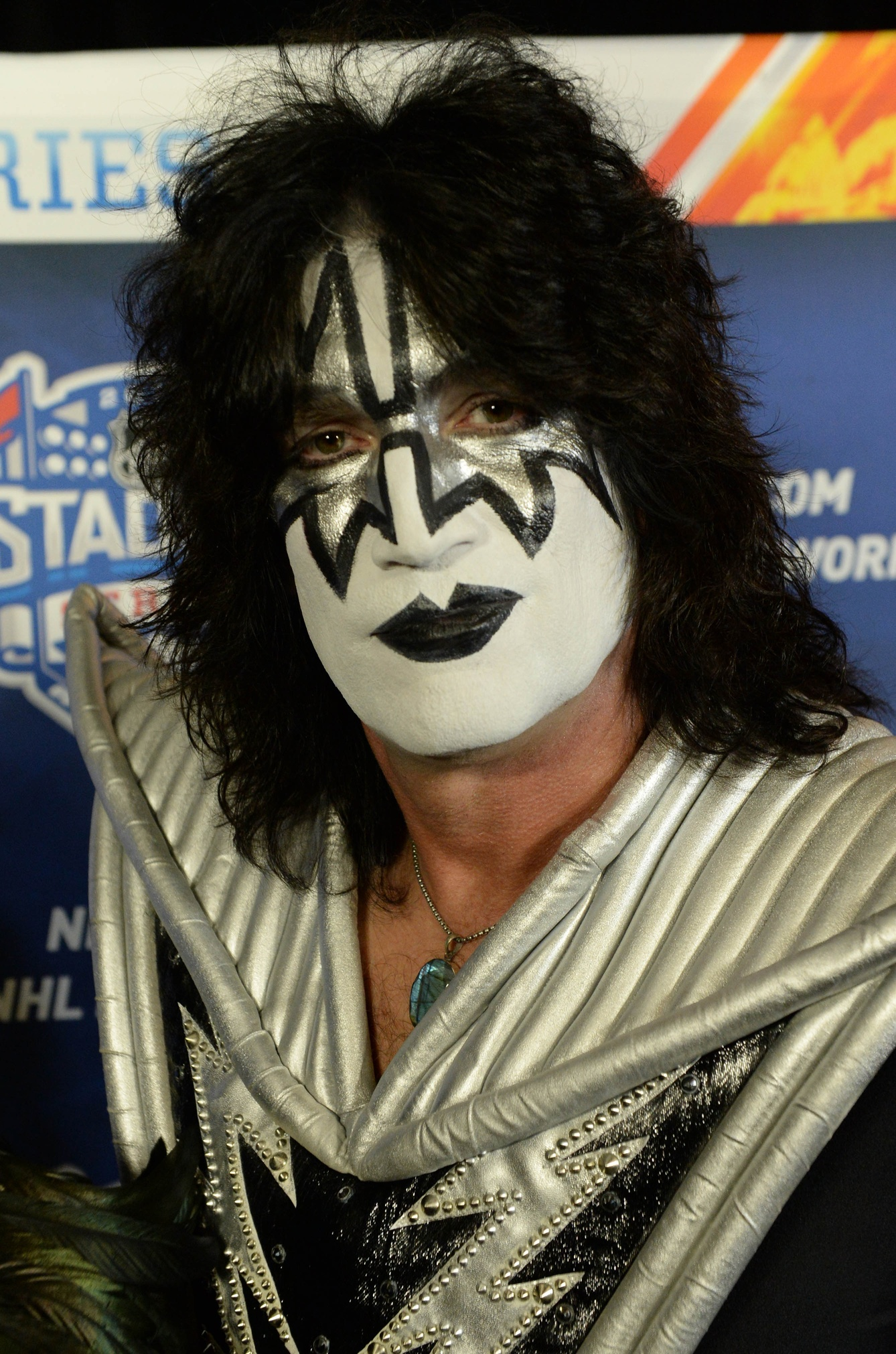 Tommy Thayer Of Kiss Dedicates Museum To His Father