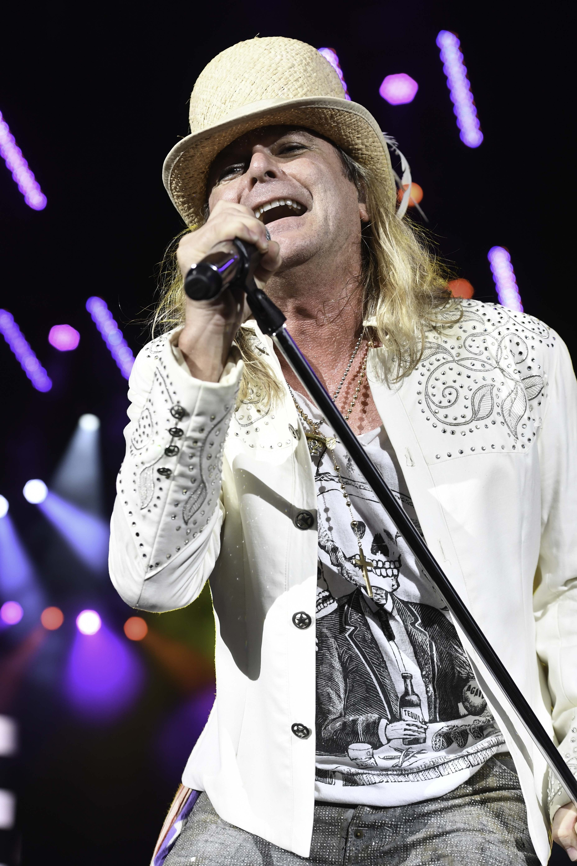 Robin Zander Of Cheap Trick Talks About Beatles Influence