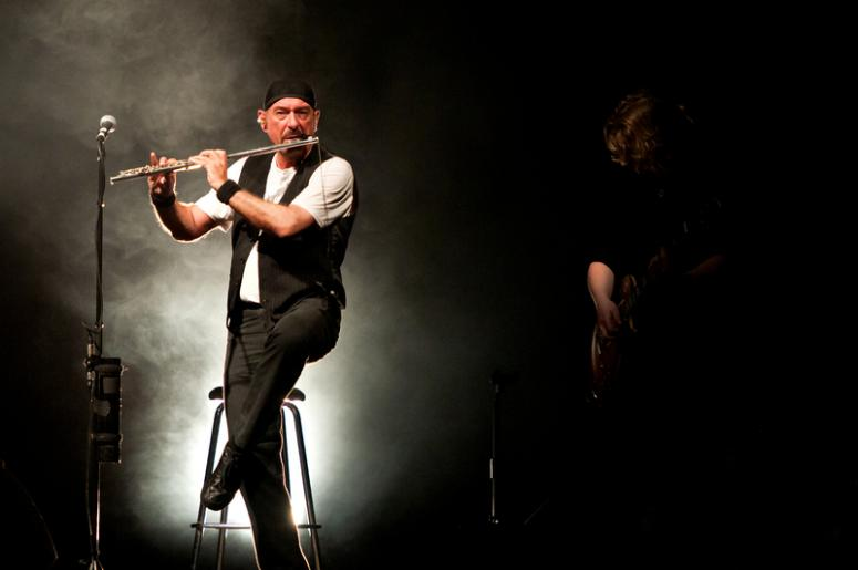 ian anderson sets tour for jethro tull 50th anniversary 96 5 wcmf. Black Bedroom Furniture Sets. Home Design Ideas