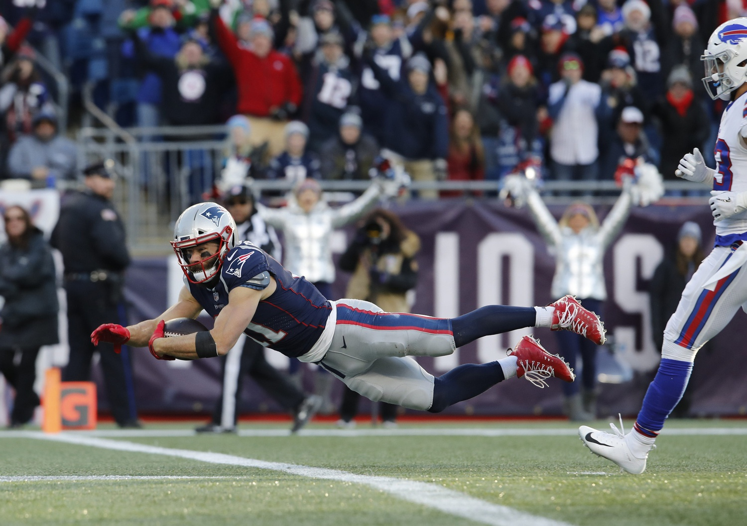 The Media Column: This time of year, all we talk about is the Patriots. Is it overkill?