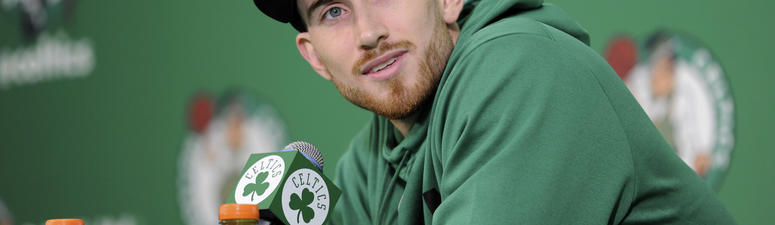 Gordon Hayward says he's 100 percent healthy, and discusses why he'll never watch video of his injury