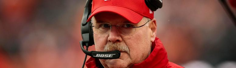 Andy Reid criticizes offsides call late in AFC championship, which kept Patriots alive
