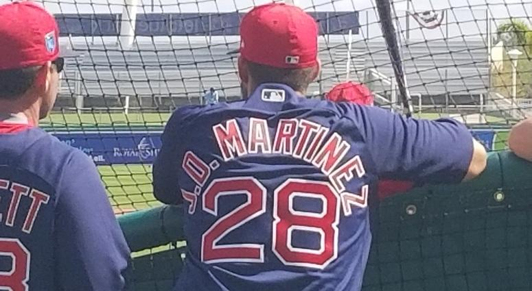 Video  J.D. Martinez takes his first batting practice with Red Sox ... f4914d1a70b