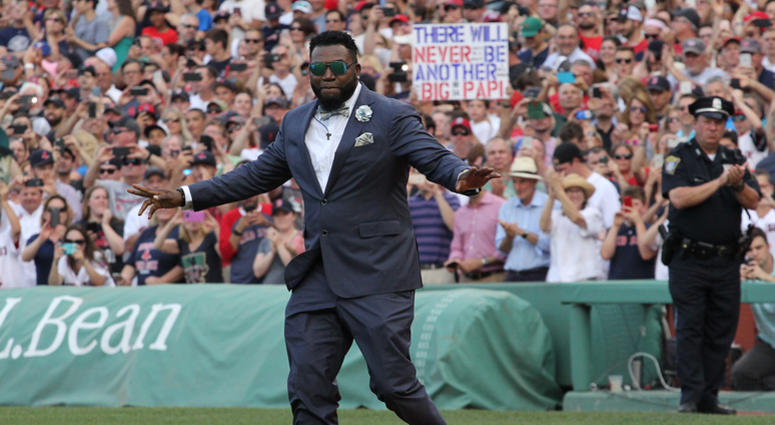 David Ortiz gives Tom Brady advice on when to retire, predicts Patriots will win Super Bowl