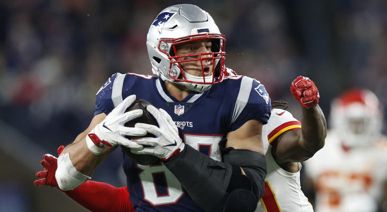 Second Look: How Rob Gronkowski got so open on big fourth quarter plays