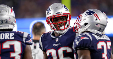 Patriots finally experienced new helmet rule, and it's as bad as advertised