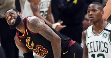 LeBron James acted like he tore his ACL and didn't miss one second of play