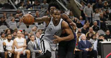 Raptors trade for Kawhi Leonard, who doesn't want to play for them, per reports