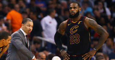 Cavaliers coach Tyronn Lue steps aside due to health issues