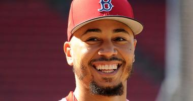 Mookie Betts keeping close tabs on Bryce Harper's free agency