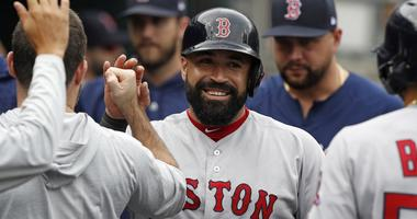 Red Sox catcher Sandy Leon reportedly being discussed in possible trades