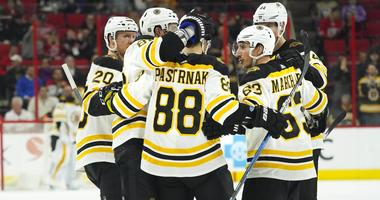 Bruins 6, Hurricanes 4: Bruins do it all with 10 minutes left in 3rd period