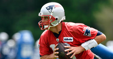 Tom Brady indicates via Instagram he will report early for training camp