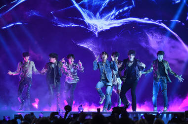 Jungkook, Jimin, V, Suga, Jin, j-hope of BTS perform