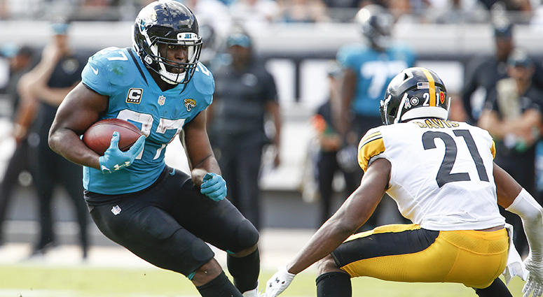 Nov 18, 2018; Jacksonville, FL, USA; Pittsburgh Steelers free safety Sean Davis (21) carries the ball against Jacksonville Jaguars running back Leonard Fournette (27) during the second quarter at TIAA Bank Field. Mandatory Credit: Reinhold Matay-USA TODAY