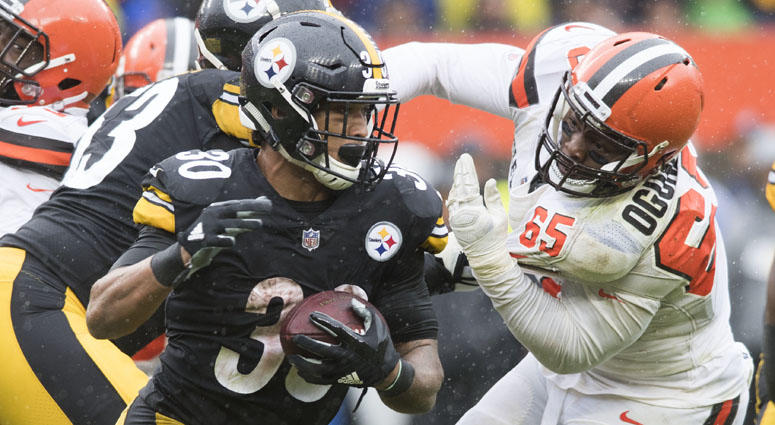 Steelers running back James Conner runs against the Cleveland Browns on Sept. 9, 2018, at FirstEnergy Stadium.