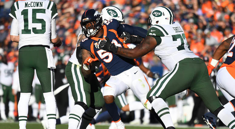 Broncos linebacker Von Miller chases after Jets quarterback Josh McCown on Dec. 10, 2017, at Sports Authority Field at Mile High in Denver.