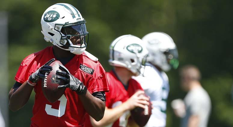 Teddy Bridgewater (5) drops back to pass during Jets minicamp on June 12, 2018, at Atlantic Health Jets Training Center in Florham Park, New Jersey.