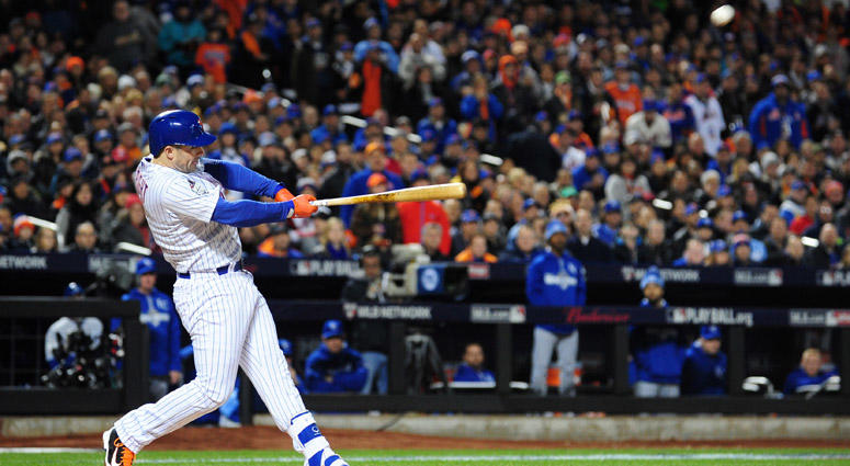 Mets third baseman David Wright hits a two-run home run against the Kansas City Royals in Game 3 of the World Series on Oct. 30, 2015, at Citi Field.
