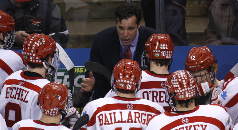 David Quinn coaches Boston University in 2015.