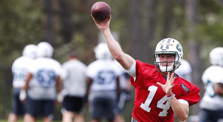 Jets quarterback Sam Darnold throws the ball during New York Jets rookie minicamp on May 4, 2018, at Atlantic Health Training Center in Florham Park, New Jersey.
