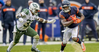 Oct 28, 2018; Chicago, IL, USA; Chicago Bears wide receiver Anthony Miller (17) runs the ball against New York Jets strong safety Jamal Adams (33) during the second half at Soldier Field. Mandatory Credit: Patrick Gorski-USA TODAY Sports