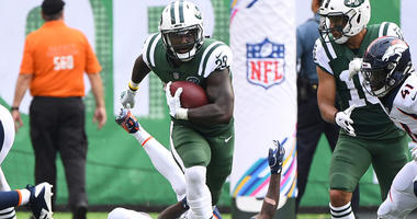 Jets running back Isaiah Crowell carries the ball against the Denver Broncos on Oct. 7, 2018, at MetLife Stadium.
