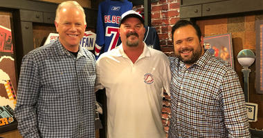 David Wells (center) poses with Boomer Esiason (left) and Gregg Giannotti.