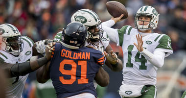Jets quarterback Sam Darnold (14) passes the ball against the Chicago Bears on Oct. 28, 2018, at Soldier Field in Chicago.
