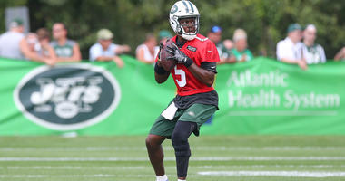 Jets quarterback Teddy Bridgewater (5) throws the ball during training camp on July 28, 2018, at the Atlantic Health Jets Training Center in Florham Park, New Jersey.