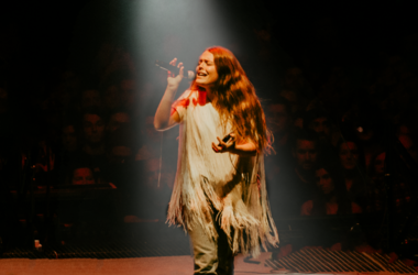 Maggie Rogers opens for Mumford & Sons' Delta Tour