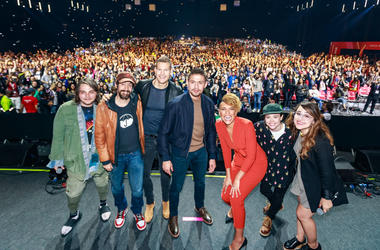 Gerard Way, Gabriel Bá, Tom Hopper, David Castañeda, Emmy Raver-Lampman, Ellen Page and Aline Diniz attend the Netflix Original: The Umbrella Academy panel at Comic-Con São Paulo