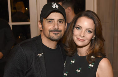 Singer-songwriter Brad Paisley and actress Kimberly Williams-Paisley attend ACM Lifting Lives