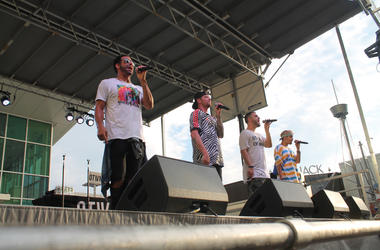 94.7 Fresh FM hosts Tysons Corner Center Summer Concert Series with opening act Kicking Sunrise, and headliner O-Town.