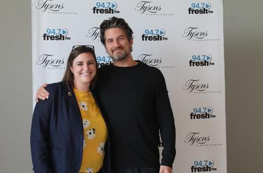 Matt Nathanson meets with the Fresh Family prior to taking the stage at the Tysons Corner Center Plaza.