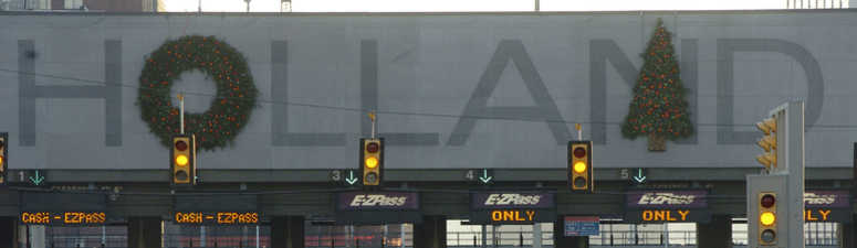 Port Authority puts Holland Tunnel decorations up for public debate