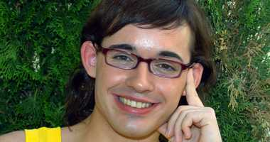 In this Aug. 8, 2004 file photo, German pop singer Daniel Kueblboeck smiles into the camera.
