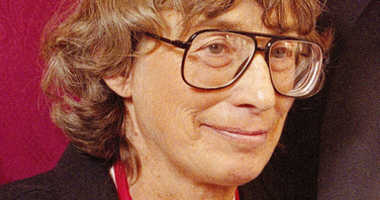 Pulitzer prize-winning poet Mary Oliver dies