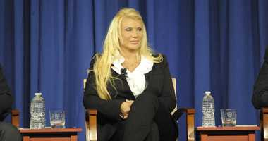 Former 'Manhattan Madam' Kristin Davis Subpoenaed By Robert Mueller: Report
