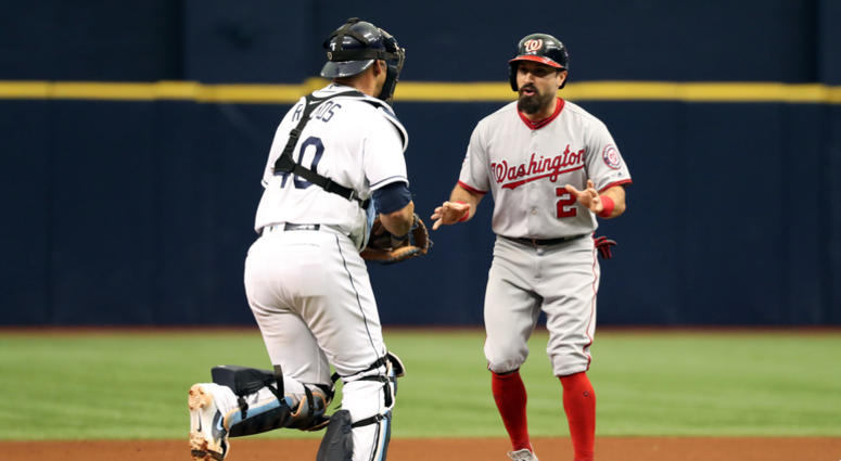 Wilson_Ramos_Tags_Out_Adam_Eaton