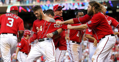 Bryce-Harper-Walk-Off