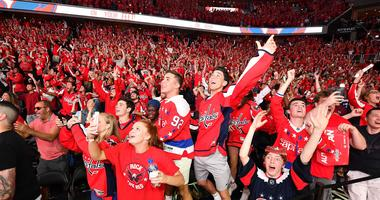 Capitals_Fans_Game_5_Viewing_Party