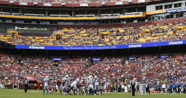 Redskins_Colts_Crowd