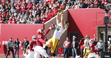 Iowa tight end T.J. Hockenson is a prospect at the NFL Combine the Redskins should watch.